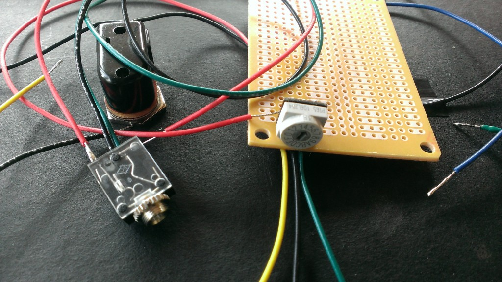 """Here is my """"MIDI"""" jack and 16 position switch with BCD output."""